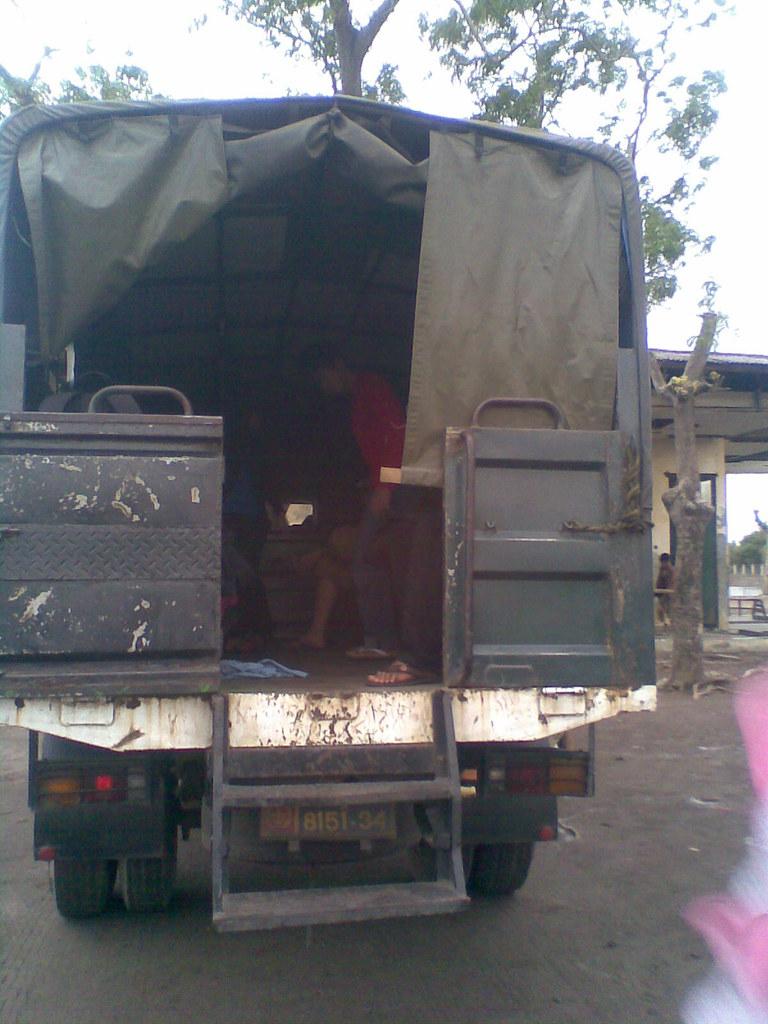 truk angkutan