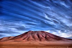+ uma tentativa de HDR (Vincius Assis) Tags: chile sky naturaleza nature sand nikon desert areia natureza bolivia cu arena desierto 1855 hdr deserto d60 salardeuyuni nikond60