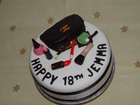 make up bag birthday cake
