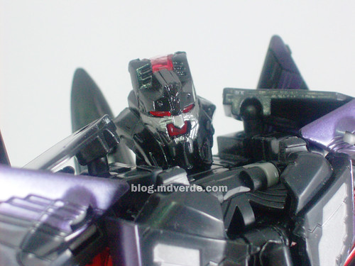 Transformers Skywarp RotF Voyager - modo robot