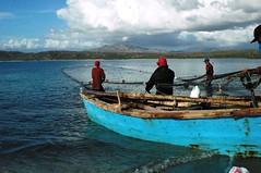 pescadores de Salinas (moisesm) Tags: republica salinas dominicana pescadores bani