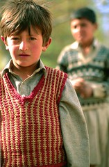 Two local children from the Hopa Valley, Hunza, Northern Areas-Pakistan (karl_beeney) Tags: pakistan hunza muslimchildren hopavalley