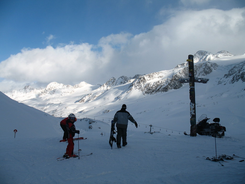 auf die Gletscher der Ötztaler Alpen (Österreich)
