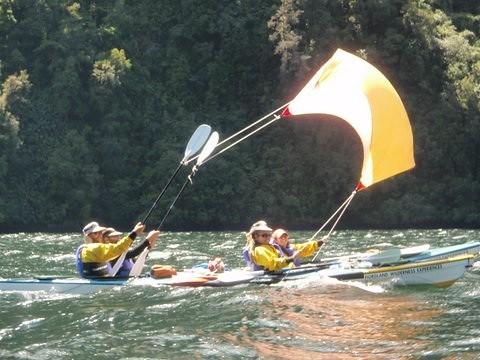 kayak a la voile
