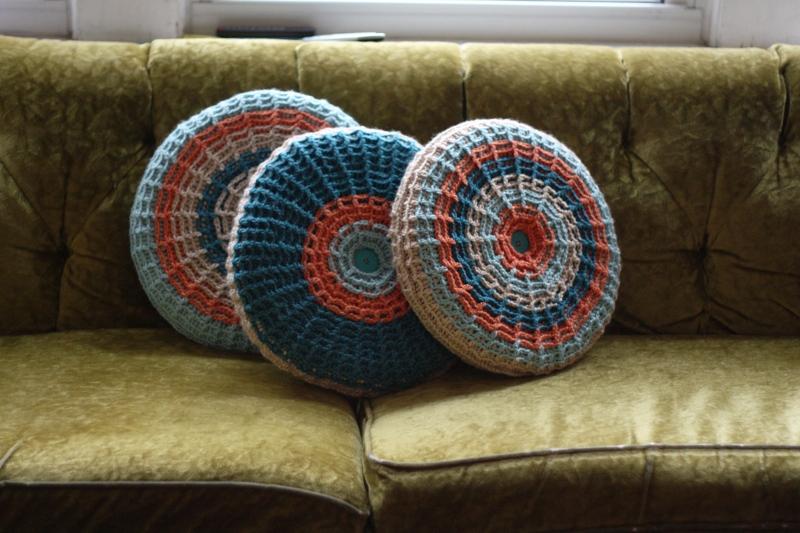Waffle Stitch Blanket - Needle Beetle