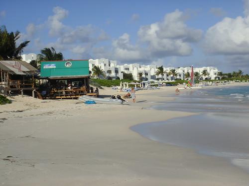Rendezvous Bay & Hotel Cuisinart