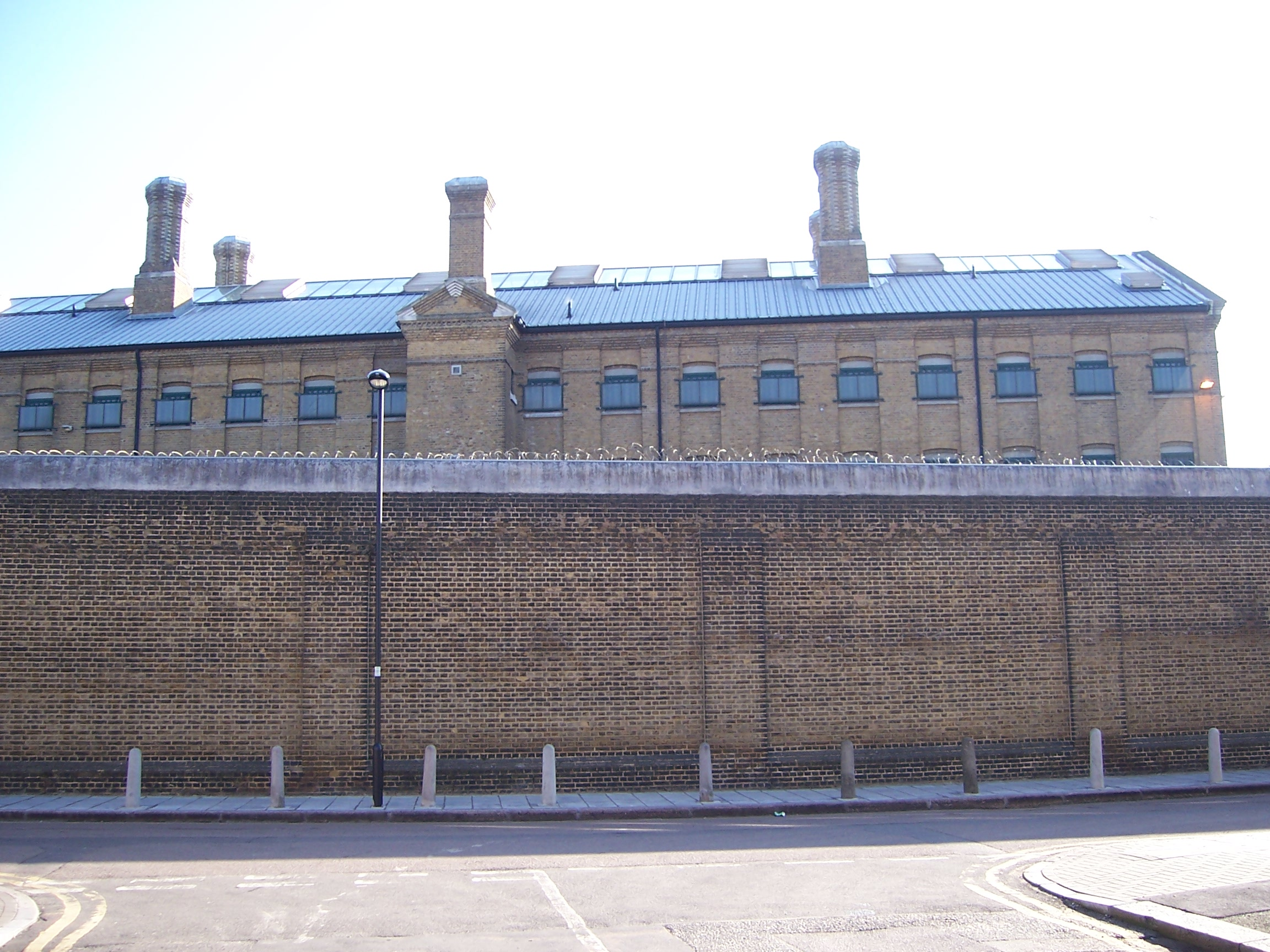 Brixton Prison. Photograph by sarflondondunc
