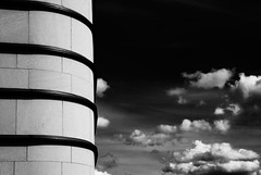 City libary (*Glueckskind*) Tags: sky blackandwhite bw abstract building architecture clouds germany deutschland himmel wolken architektur schwarzweiss gebude pforzheim libary badenwrttemberg stadtbcherei formen efs1785mm canon400d goldstadt stadtbiliothek