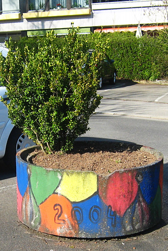 Sindelfingen planter art
