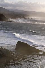 Costa de Cudillero (Asturias) (elosoenpersona) Tags: sunset sea costa atardecer coast mar cabo rocks waves asturias coastline olas cudillero rocas cantabrico oviana cantabric vidio elosoenpersona