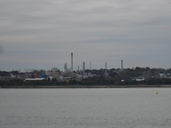 Fawley Oil Refinery (crwilliams) Tags: hampshire southampton date:month=october date:day=15 date:year=2009 date:wday=thursday date:hour=16