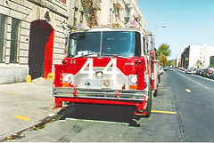1993 FDNY Tower Ladder 44 Bronx NY (Clemco/GTI) Tags: new york city rescue ny tower by fire photo bronx engine tony ladder fdny department dept greco southbronx morrisania 1991mackcf