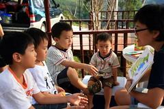 20091108_9708 (Yiwen103) Tags: 內灣 露營 尖石 卡丁車 櫻花谷 碰碰船 踏踏球