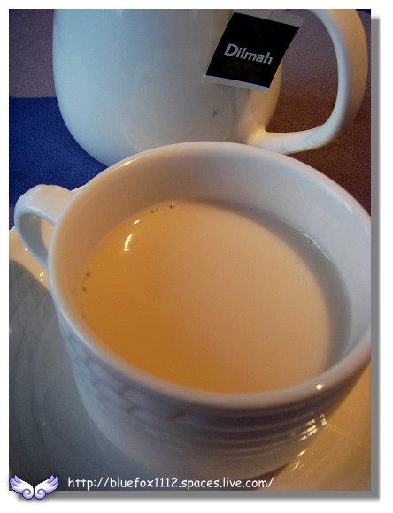091112綠風莊園餐廳12_熱奶茶