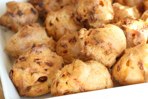 Chorizo puffs / Chorizo-profitroolid