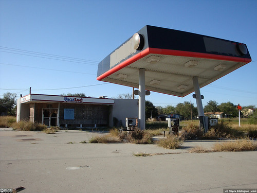Abandoned Gas Station 06