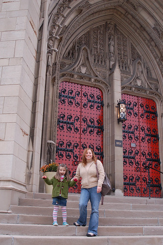 Laurne and Noreen in front of Heinz Chapel.