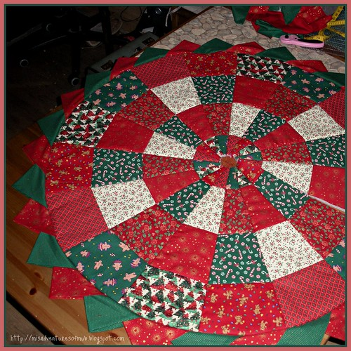 Christmas Tree Skirt in progress