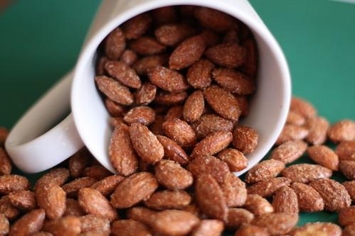Lisa's World: Cinnamon Roasted Almonds