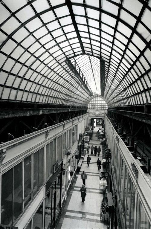 Les Passages Parisiens de Robert Doisneau - Monnaie de Paris - Paris - 12 Décembre 2009 au 15 Janvier 2010 dans EXPOSITIONS 4175584005_077012fca8_o