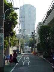 tokyo1491 (tanayan) Tags: road street japan geotagged lumix tokyo alley cityscape panasonic   slope azabu  dmcfx40 geo:lat=356568064 geo:lon=1397290561
