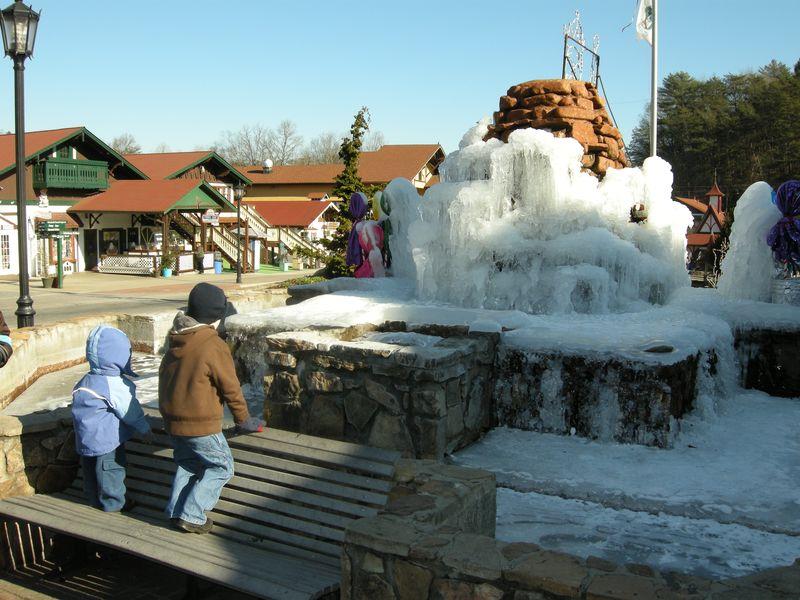 Downtown Helen, GA below freezing