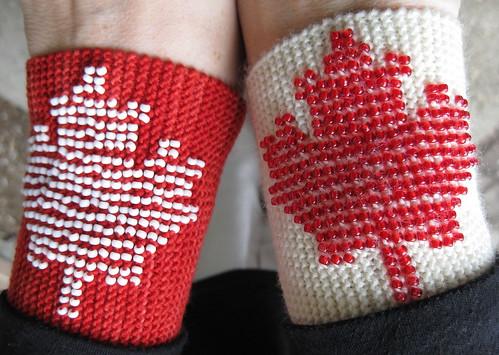 Oh Canada! Beaded Cuff