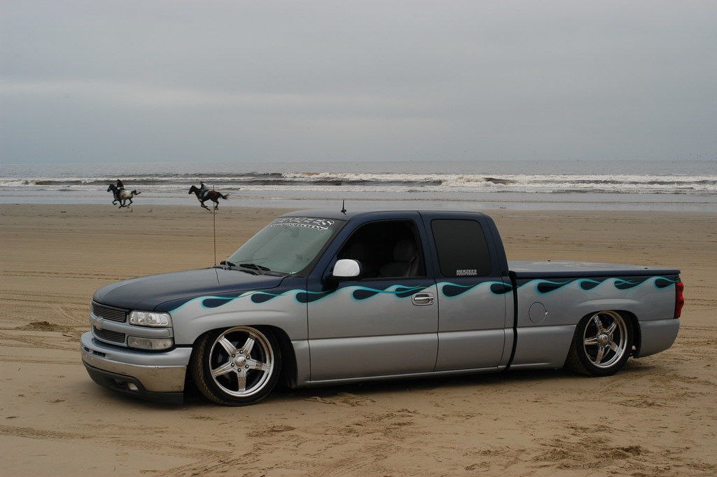 Two tone paint jobs page 2 chevy truck forum gmc truck forum img sciox Choice Image