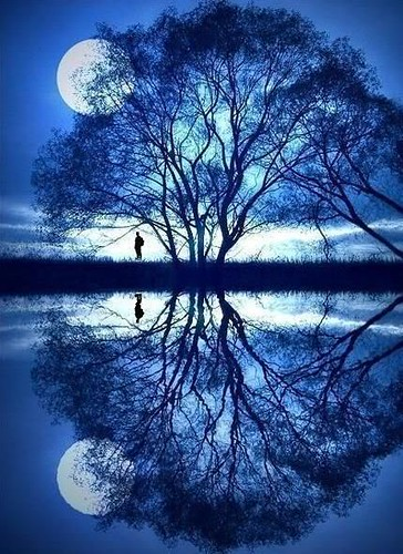 full-moon-reflection