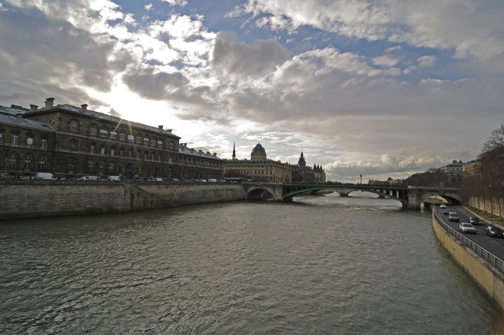 Photos de rencontre Notre Dame et autres  - un americian à paris 4397791865_abce426746_o