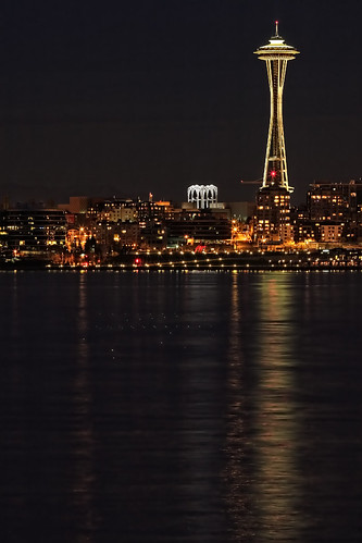 Seattle Space Needle at night,