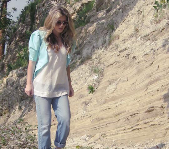 seafoam pouf sleeves blazer with jeans -vintage 4
