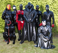 Party people (amogomo) Tags: rubber latex maske
