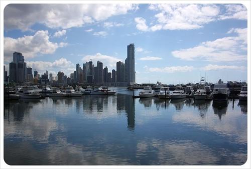 Panama City skyline & yachts