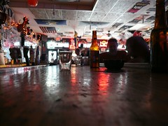 Pour me another bartender! (Wayne Wallace Photography) Tags: lasvegas nv barphoto hogsheifers