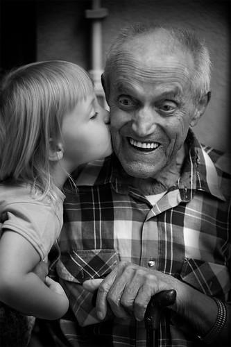 © Angelo Benedetti - La forza di un bacio...