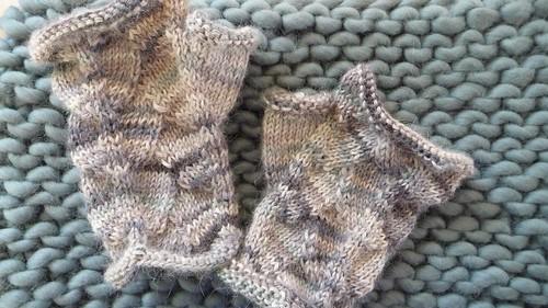 Gloves & cowl