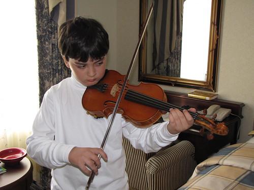 violin in hotel