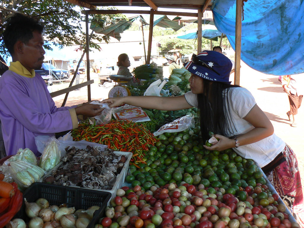 Gyb hopes volunteers will experience the beauty of a rural Thai marketplace.