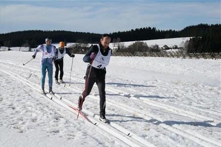 Hojnovodská zlatá lyže – malý závod velkým krajem
