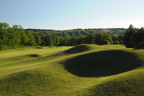Monterra Blue Mountain Ranked In Our Collingwood Golf Holiday Poll