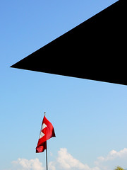 toit toit mon toi (Ol.v!er [H2vPk]) Tags: city de la und flag kultur culture luzern des palais lucerne et canton lu kongresszentrum congrs kkl kanton kulturundkongresszentrumluzern palaisdelacultureetdescongrs