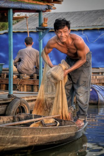 Fisherman at Tonle? Sap