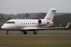 N1090X - 5576 - Private - Canadair CL-600-2B16 Challenger 604 - Luton - 091111 - Steven Gray - IMG_4561