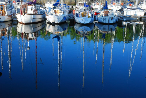 The harbour is central to life in Lorient. Photo: Cabruta08
