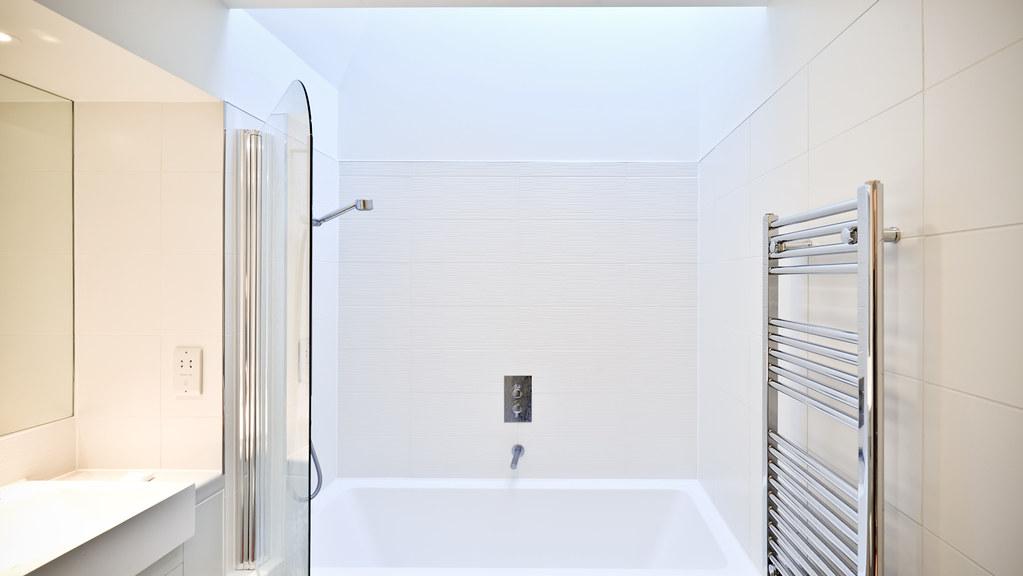 Tottenham Court Road bathrooms (ESA)