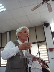 成功鎮的前秘書王河盛先生研究原住民家譜多年,是成功鎮的活字典。
