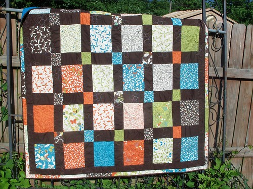 Quilt! On the fence.