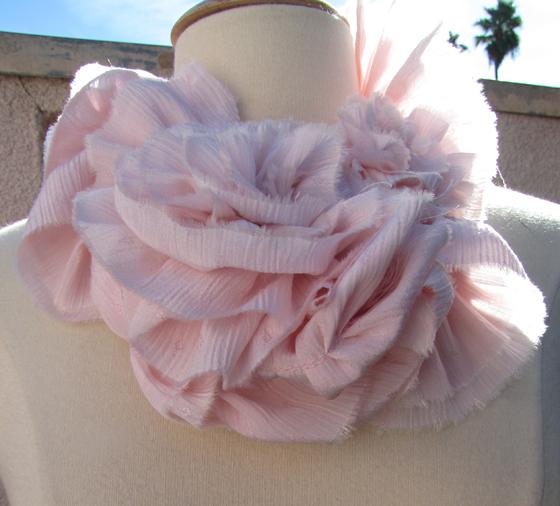 DIY-victorian-collar-scarf-chanel-2009-14