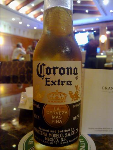 En México y en Singapur, la cerveza es... Corona